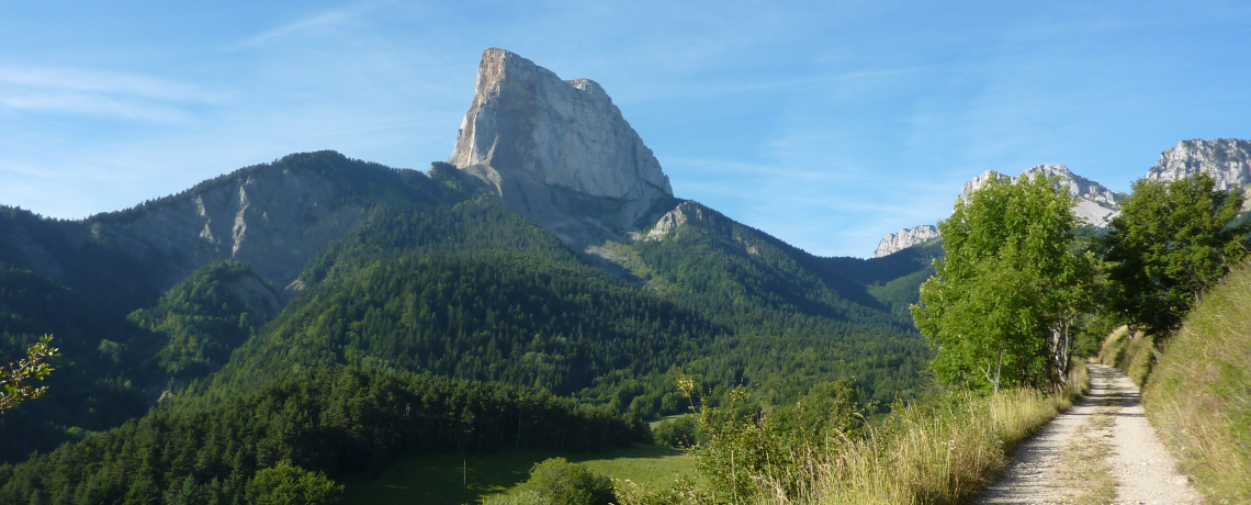 Hike around Mont Aiguille